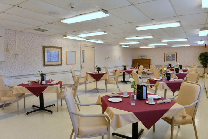 galesburg-dining-003
